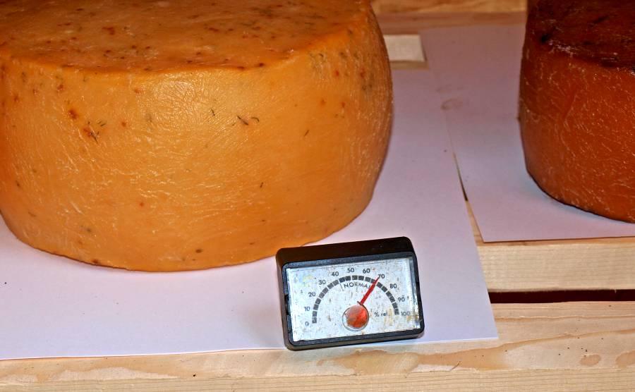 Luftfeuchte beim Käse räuchern
